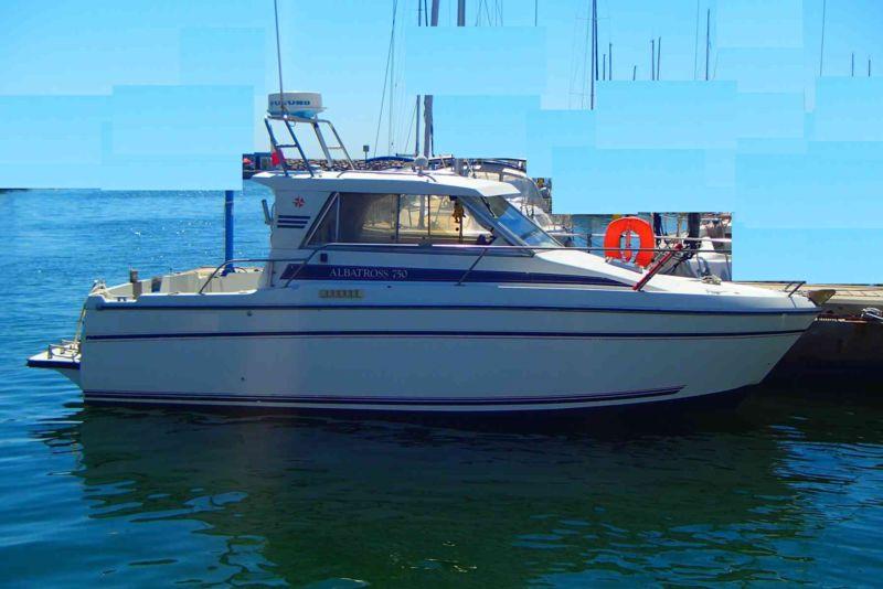 albatros 750 bateau moteur jeanneau bateau occasion philibert plaisance. Black Bedroom Furniture Sets. Home Design Ideas