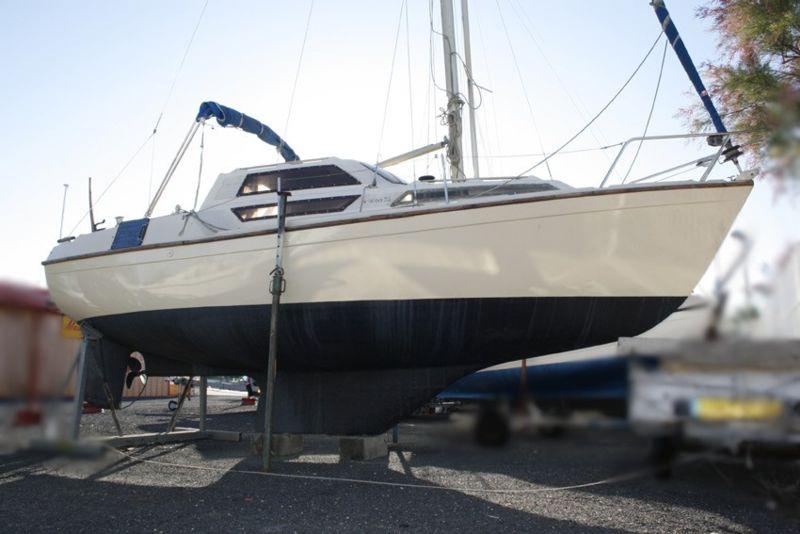 evasion 22 bateau voilier beneteau bateau occasion philibert plaisance. Black Bedroom Furniture Sets. Home Design Ideas