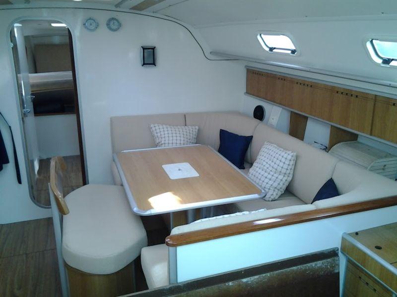 harmony 47 bateau voilier poncin yachts bateau occasion philibert plaisance. Black Bedroom Furniture Sets. Home Design Ideas