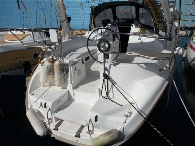 hunter 310 bateau voilier hunter   bateau occasion